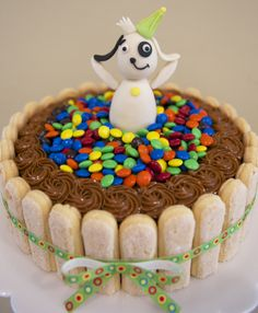 Doki Cake. Que Ricos queques artesanales. Bolo Fake, Sprinkles, Candy, Ideas, Happiness, Fake Cake, Sweets, Thoughts, Candy Bars