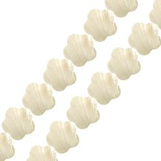 MAKABIBI SHELL FLOWER BEADS 17MM STRAND