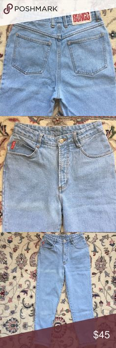 Vintage Bongo High Rise Mom Jeans Light blue wash in vintage excellent condition. Tag says size 5. Waist measures 27 inches. Rise is 11 1/4 inches. Leg opening is 12 inches. BONGO Jeans Skinny