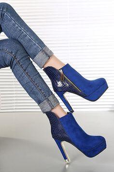 Blue Side Zipper Textured Platform Booties