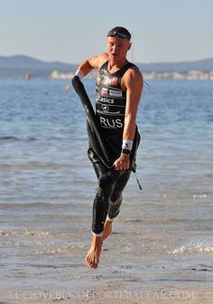 I look just like this when exiting the water. I promise. #triathlon