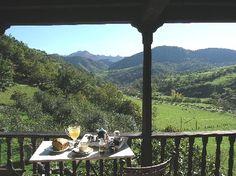 La casona de Con, Mestas de Con, Asturias  http://www.toprural.com/Casa-rural-habitaciones/La-Casona-De-Con_19425_f.html