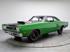 1969 Dodge Coronet Super Bee 440 Six Pack Coupe muscle classic f Plymouth Muscle Cars, Dodge Muscle Cars, Dodge Super Bee, Dodge Coronet, Us Cars, American Muscle Cars, Dodge Charger, Mopar, Vintage Cars