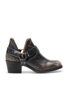 Bershka Switzerland -Bershka cowboy ankle boots