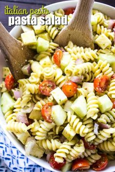 Italian Pesto Pasta Salad is a flavorful side dish that& guaranteed to be t., Italian Pesto Pasta Salad is a flavorful side dish that& guaranteed to be the star of every potluck or get-together you attend. The addition of t. Cucumber Pasta Salad, Best Pasta Salad, Pasta Salad Italian, Pasta Salad Recipes, Pot Pasta, Pasta Dishes, Food Dishes, Side Dishes, Veggie Dishes