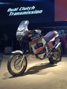 Honda Africa twin Dakar queen