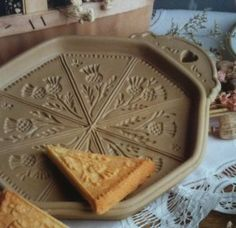 Thistle Shortbread by Brown Bag Designs, Made by Emerson Creek Pottery