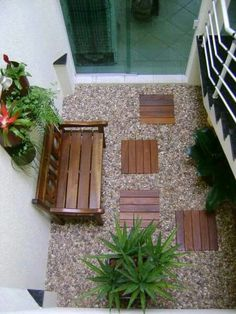 20 pictures of small gardens you can make yourself 20 small and beautiful gardens you can make in one day Garden Room, Small Gardens, Garden Design, Garden Decor, Indoor Garden, Interior Garden, Garden Ideas To Make, Outdoor Decor, Patio Interior
