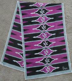 Vera Neumann scarf, black and purple geometric
