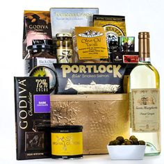 The Sumptuous Gift Basket - Gourmet Gift Baskets For All Occasions Champagne Gift Baskets, Wine Gift Baskets, Gourmet Gift Baskets, Mothers Day Baskets, Send Flowers, Fine Wine, Corporate Gifts, Whiskey Bottle, Baby Gifts