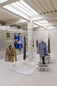 Display Seoul: Andersson Bell store opening – superfuture Lawrence Bedding Collections and Ensembles Retail Store Design, Retail Shop, Fashion Store Design, Fashion Stores, Clothing Store Interior, Clothing Store Design, Fashion Showroom, Store Displays, Retail Displays