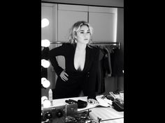 Kate Winslet by ph. Gilles Bensimon