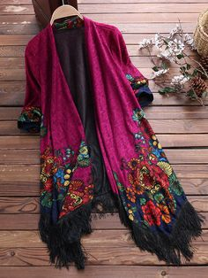 Load image into Gallery viewer, Vintage Printed Tassel Cardigan Shawl for Women Cardigan Retro, Shawl Cardigan, Boho Fashion, Womens Fashion, Fashion Design, Fashion Shoes, Fashion Spring, Faux Fur Hooded Coat, Hippy Chic
