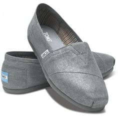 TOMS Shoes Blue Metallic Woven Classic Shoes for Women 7