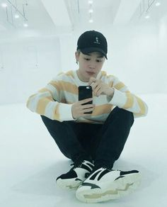 Jimin promoting Puma in their new practice room
