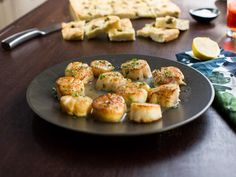 Valerie's Lemon Buttered Seared Scallops Recipe from Food Network Fish Recipes, Seafood Recipes, Gourmet Recipes, Cooking Recipes, Healthy Recipes, Seafood Meals, Brunch Recipes, Yummy Recipes, Keto Recipes