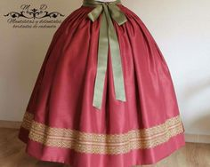 Manteletas y delantales bordados Royal Dresses, Fashion Outfits, Womens Fashion, Different Styles, Vintage Designs, Aragon, Costumes, Formal, Pretty