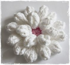 Tutorial....crochet flower .................