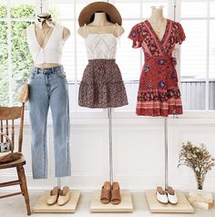 Cutest spring summer fashion style with boho dresses, casual denim and crop outf., SPRING OUTFITS, Cutest spring summer fashion style with boho dresses, casual denim and crop outfit and an adorable picnic look! Cute Fashion, Fashion Pants, Women's Fashion Dresses, Women's Dresses, Casual Dresses, Casual Outfits, Denim Dresses, 50 Fashion, Fashion Styles