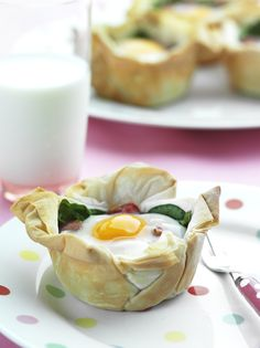 Easy Egg & Tomato Tarts