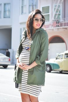 Anh of 9 to 5 Chic blog reflects on staple items that were most versatile during her 40 weeks of pregnancy.