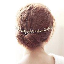 wianek biżuteryjny kryształkowy w złocie, Ślub