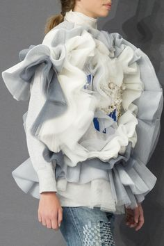 Viktor & Rolf Couture F.W 2016 Posted by x