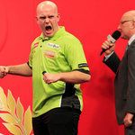 Face It Norge - PDC World Darts Championship: Michael van Gerwen dethrones Adrian Lewis at Ally Pally   Sky Sports