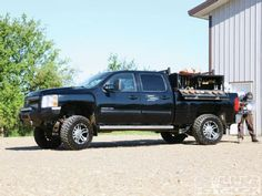 Welding Office   2012 Chevrolet 3500HD  get me that and I will come to ELKO.