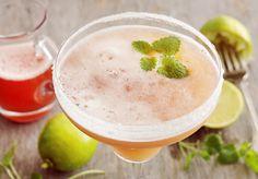 Rhubarb Margarita - For One Tequila Drinks, Cocktails, Ice Cream Drinks, Homemade Liquor, Rhubarb Recipes, Lassi, Mojito, Smoothies, Recipies