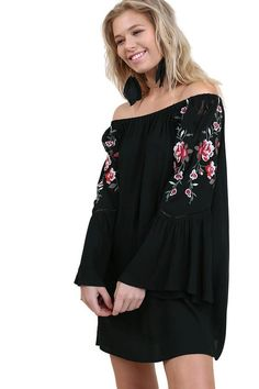 Umgee Women's Off Shoulder Long Bell Sleeve Floral Embroidered Dress (Small, Black)*** Click image for more details. (This is an affiliate link) Off Shoulder Blouse, Cold Shoulder Dress, Brunch Dress, Black Long Sleeve Dress, Dress Black, Festival Outfits, Casual Dresses For Women, Dresses Online, Bell Sleeves