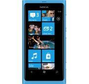 Le Nokia Lumia 800 est disponible à 210.99 €, environ 15% moins cher que l'ensemble des autres boutiques