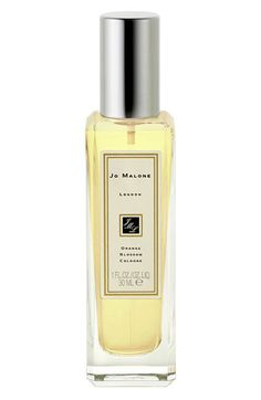 Jo Malone London Orange Blossom- Clementine leaves, sparkling morning dew, orange blossom and water lily.