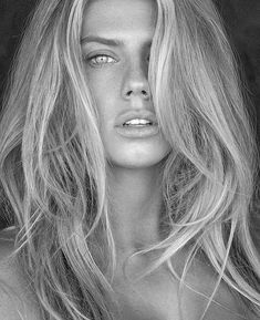 Charlotte McKinney is among the most significant US models and actresses, for more photos and videos click -> Charlotte McKinney i Charlotte Mckinney, Girl Face, Woman Face, Ethereal Beauty, Beauty Portrait, Free Makeup, Portrait Inspiration, Beauty Secrets, Black And White Photography