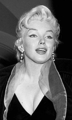 Marilyn Monroe Bild, Classic Hollywood, Old Hollywood, Norma Jeane, James Dean, Up Girl, Audrey Hepburn, Most Beautiful Women, American Actress