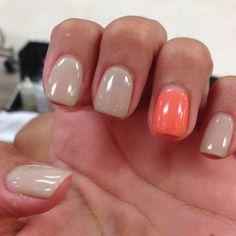 Gel nails - beige & coral