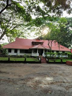 Village House Design, Kerala House Design, Village Houses, New House Plans, Dream House Plans, My Dream Home, Kerala Traditional House, Traditional House Plans, Beautiful Home Designs
