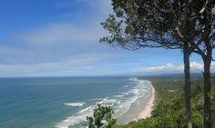 Itacaré, no sul da Bahia, tem dias e noites agitadas com banho de mar e de cachoeira - Jornal O Globo