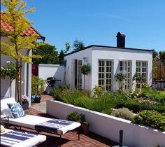 Casa Vik Outdoor Rooms, Outdoor Gardens, Outdoor Decor, House By The Sea, My House, Summer House Garden, Backyard Studio, My Dream Home, Pergola