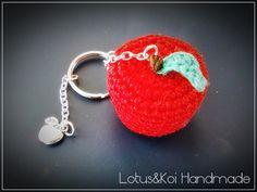 Amigurumi Apple #crochet #keychain