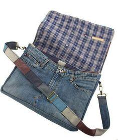 Repurposed Levis jeans crossbody bag, denim bag Source by sannemags . Diy Bags Jeans, Diy Bags Purses, Denim Bags From Jeans, Levis Jeans, Denim Purse, Denim Shoulder Bags, Crossbody Bag, Deviantart, Jeans Pocket