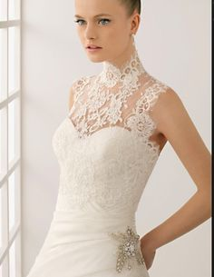 High collar no sleeves lace