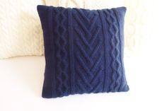 Knitting Patterns Pillow Navy blue cable knit pillow cover indigo by Adorablewares on Etsy Knitted Cushion Covers, Knitted Cushions, Boho Pillows, Couch Pillows, Throw Pillows, Hand Knitting, Knitting Patterns, Navy Blue Pillows, Blue Pillow Covers