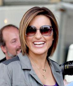 Love her hair!! 20 Short Straight Hair for Women 2012 - 2013   Short Hairstyles 2014   Most Popular Short Hairstyles for 2014