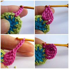 Zoals beloofd hier de beschrijving van dit gehaakte bloemetje: Here you see the photo tutorial of this crochet flower, as promised. Granny Square Häkelanleitung, Granny Square Crochet Pattern, Double Crochet, Cute Crochet, Knit Crochet, Free Mandala Crochet Patterns, Handmade Handbags, Crochet Flowers, Handicraft