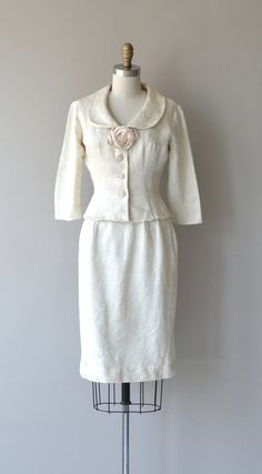 Lovely vintage 1950s white cotton damask jacket and skirt set, very soft comfortable fabric, large rounded collar, white satin rosette, 3/4 sleeves,