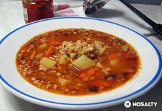 Hungarian Recipes, Goulash, Chana Masala, Soups And Stews, Cheeseburger Chowder, Chili, Food And Drink, Dishes, Ethnic Recipes