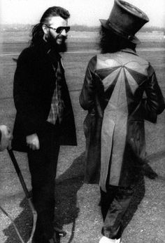 Ringo Starr & Marc Bolan - Born To Boogie Marc Bolan, Uk Music, Good Music, Great Bands, Cool Bands, Glam Rock Bands, The Ventures, Richard Starkey, Dad Rocks