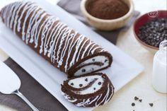Chocolate Swiss roll with vanilla cream filling - recipe Chocolate Swiss Roll Recipe, Chocolate Roll, Dark Chocolate Chips, Vanilla Cream Filling Recipe, Cream Cheese Filling, Sweet Recipes, Cake Recipes, Eclair Recipe, Impressive Desserts