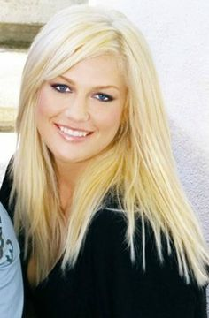 Leslie Carter (June 6, 1986 – January 31, 2012) beloved sister of Nick & Aaron Carter. Rest in Peace.
